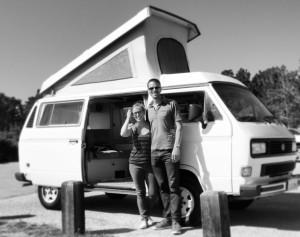 cropped-black-and-white-van.jpg